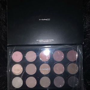 Brand new Mac nude palette